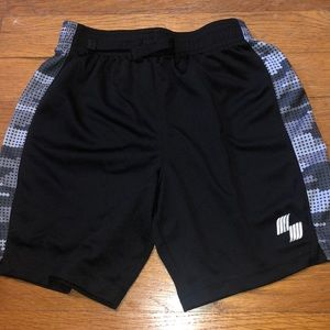 Children's place boys active shorts size 4T
